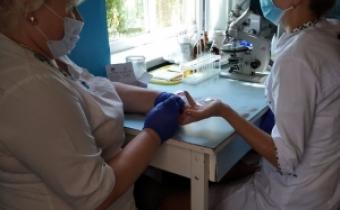 У Вільшанці тестували працівників клінічної лабораторії